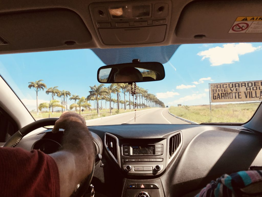 Travelling by car in Brasil